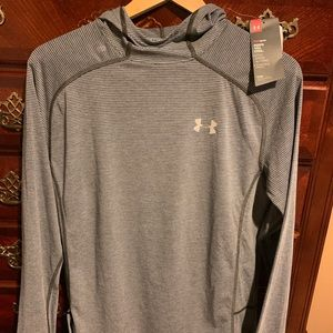 Under Armour Run Heat Gear. Size Small